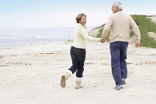 Chọn chạy bộ làm người bạn đồng hành với tuổi già