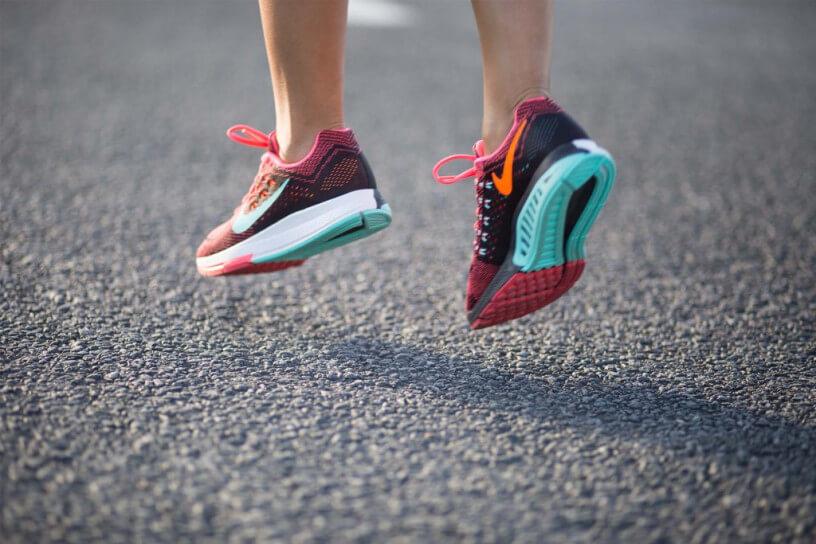 Sự khác nhau giữa giày chạy bộ và giày tập luyện